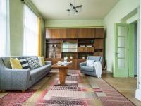 Obývací pokoj (Prodej domu v osobním vlastnictví 127 m², Kladno)