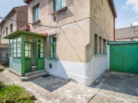 Pohled na dům ze zahrádky (Prodej domu v osobním vlastnictví 127 m², Kladno)
