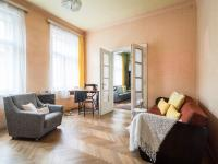 Obytný pokoj v přízemí (Prodej domu v osobním vlastnictví 127 m², Kladno)