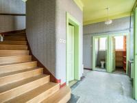 Vstupní hala (Prodej domu v osobním vlastnictví 127 m², Kladno)