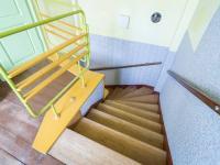 Schodiště (Prodej domu v osobním vlastnictví 127 m², Kladno)