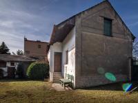 Pohled na dům ze zahrady - Prodej domu v osobním vlastnictví 52 m², Smečno