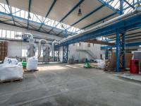 Pronájem výrobních prostor 1300 m², Libčice nad Vltavou