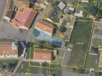Pozemek před objektem 1761/3 - 296 m2 (Prodej skladovacích prostor 290 m², Želenice)