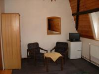 Pokoj 2 (Prodej hotelu 1500 m², Mikulášovice)