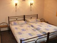 Apartmá ložnice 2 (Prodej hotelu 1500 m², Mikulášovice)