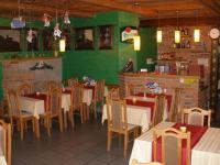 Restaurace - přízemí (Prodej hotelu 1500 m², Mikulášovice)