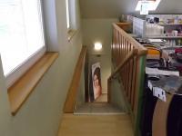 Schody do patra (Prodej komerčního objektu 376 m², Želenice)