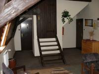 Hala 2. patro - Prodej domu v osobním vlastnictví 1500 m², Mikulášovice