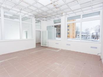 Pronájem obchodních prostor 140 m², Most