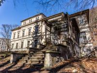 Prodej domu v osobním vlastnictví 681 m², Litvínov