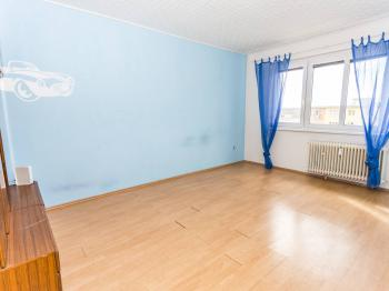 pokoj - Pronájem bytu 2+1 v osobním vlastnictví 55 m², Most