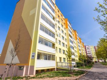 panelový dům - Prodej bytu 2+kk v družstevním vlastnictví 40 m², Most