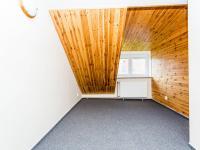 Pokoj v podkroví - Pronájem komerčního objektu 190 m², Most