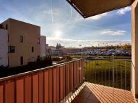 Pohled z balkónu (Prodej bytu 3+kk v osobním vlastnictví 80 m², Praha 10 - Štěrboholy)