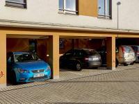 Parkovací stání (Prodej bytu 3+kk v osobním vlastnictví 80 m², Praha 10 - Štěrboholy)