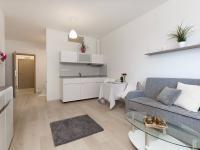 Prodej bytu 1+kk v osobním vlastnictví 33 m², Praha 10 - Horní Měcholupy