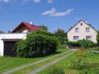 Samostatná garáž (Prodej domu v osobním vlastnictví 188 m², Ondřejov)