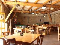 Sál na akce (Pronájem restaurace 450 m², Praha 9 - Kyje)