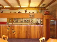 Bar restaurace (Pronájem restaurace 450 m², Praha 9 - Kyje)