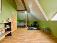 Prostorný RD (Prodej domu v osobním vlastnictví 274 m², Mukařov)
