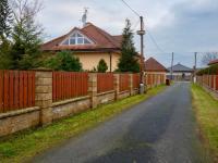 Klid a soukromí (Prodej domu v osobním vlastnictví 274 m², Mukařov)