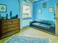 Pracovna v přízemí (Prodej domu v osobním vlastnictví 274 m², Mukařov)