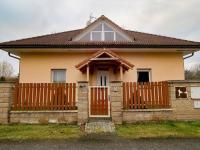 Klidná ulice (Prodej domu v osobním vlastnictví 274 m², Mukařov)