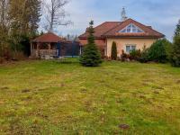 Velká slunná zahrada (Prodej domu v osobním vlastnictví 274 m², Mukařov)