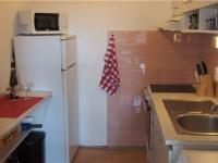 kuchyně (Prodej bytu 2+kk v osobním vlastnictví 43 m², Říčany)