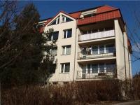 3.NP, předposlední podlaží, byt je uprostřed mezi dalšími dvěma byty (Prodej bytu 2+kk v osobním vlastnictví 43 m², Říčany)