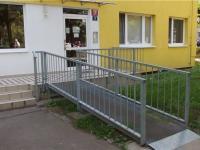 bezbarierový vstup (Prodej bytu 3+1 v osobním vlastnictví 68 m², Praha 9 - Střížkov)