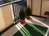 krásný prostorný slunný balkon s orientací na východ (Prodej bytu 2+kk v osobním vlastnictví 41 m², Praha 9 - Hloubětín)