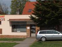 obchod jen 30m od domu (Prodej domu v osobním vlastnictví 101 m², Týnec nad Sázavou)