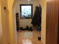 prostorná chodba (Prodej domu v osobním vlastnictví 101 m², Týnec nad Sázavou)