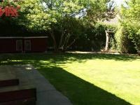 prostor za garáží (vhodné např.pro psy) (Prodej domu v osobním vlastnictví 294 m², Kamenice)
