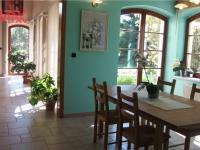 jídelní prostor (Prodej domu v osobním vlastnictví 294 m², Kamenice)