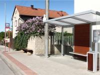 zastávka PID cca 150m od domu (Prodej domu v osobním vlastnictví 294 m², Kamenice)