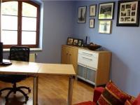 pracovna v I.NP (Prodej domu v osobním vlastnictví 294 m², Kamenice)