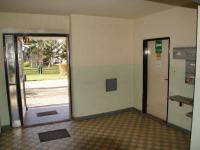 Společný interiér - vstup do domu (Prodej bytu 1+1 v osobním vlastnictví 44 m², Písek)