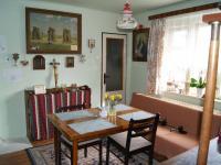 Jídelna v 1. patře  (Prodej domu v osobním vlastnictví 200 m², Kunice)