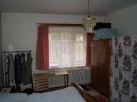 Ložnice v přízemí  (Prodej domu v osobním vlastnictví 200 m², Kunice)