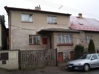 Průčelí domu z ulice (Prodej domu v osobním vlastnictví 200 m², Kunice)