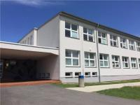 základní devítiletá škola (Prodej pozemku 12539 m², Malšice)