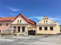 zastávka směr Tábor (Prodej pozemku 12539 m², Malšice)
