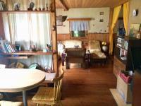 Vybsvená a udržovaná chata (Prodej domu v osobním vlastnictví 89 m², Konojedy)