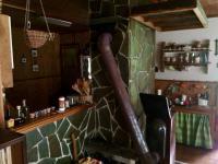 Vytopí celou chatu (Prodej domu v osobním vlastnictví 89 m², Konojedy)