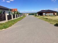 Kompetní sítě (Prodej pozemku 1214 m², Křenice)