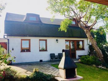 RD po rekonstrukci v centru - Prodej domu v osobním vlastnictví 130 m², Kostelec nad Černými lesy