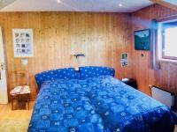 Ložnice - Prodej domu v osobním vlastnictví 130 m², Kostelec nad Černými lesy